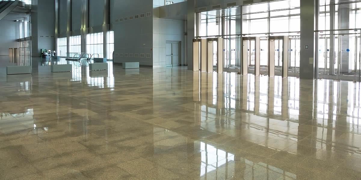 Impresa di pulizie Antonella - pulizia profonda grandi spazi
